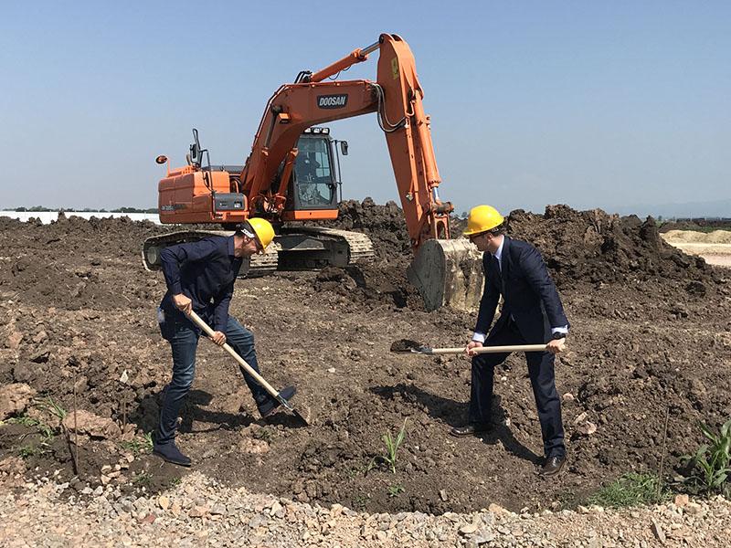 """Кооперация """"Панда"""", главен франчайзер на търговската марка Office 1 Superstore за България, стартира изграждането на нов логистичен център в Равно поле"""